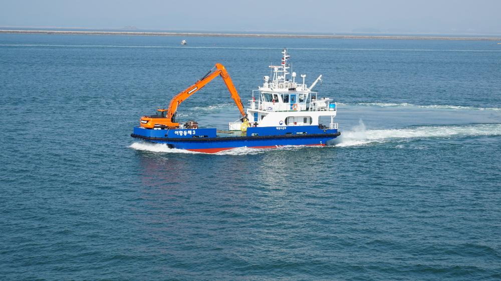 [어항정화팀] 어항관리선 2018년 어항정화활동 개시